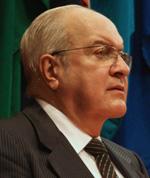 Dr. Luis José Martínez