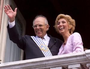 El presidente Batlle y su esposa el Primero de Marzo de 2000.